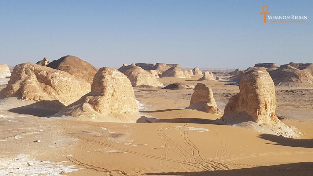 3 Tage Reise nach Kairo, Bahariya Oase und weiße Wüste.